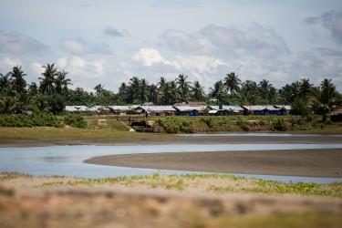 Village Rohingya