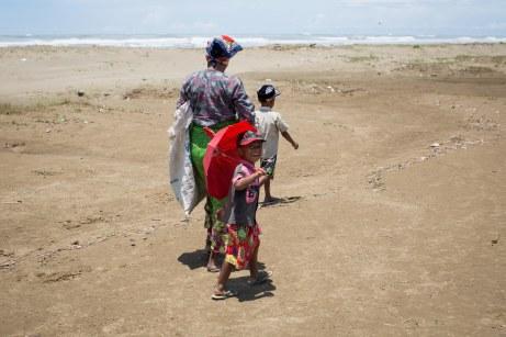 Enfants Rohingya, et la mère