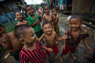 Enfants à Sittwe