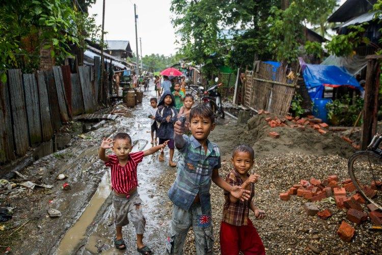 Children, Sittwe