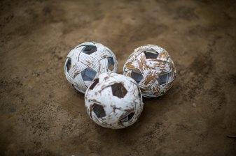 Balles de chinlone