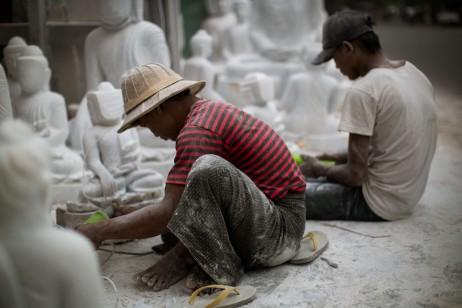 Artisans à Mandalay